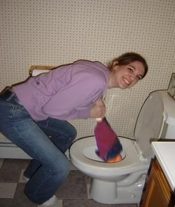 wc yang mampet karena sampah